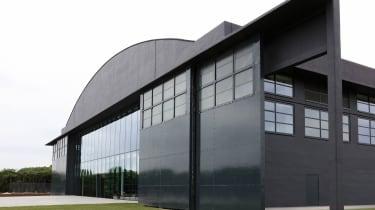 Dyson Hullavington base