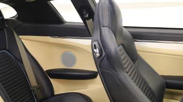 Touring Sciadipersia - seats