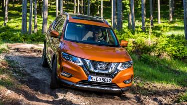 Nissan X-Trail - off-road