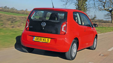Volkswagen Move up! rear tracking