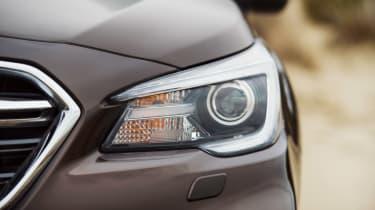 Subaru Outback passenger headlight