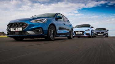 Ford Focus ST group test