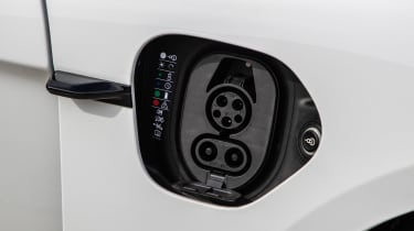 Porsche Taycan 4S - charging port