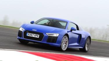 Audi R8 RWS - front track