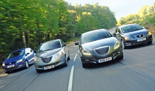 Chrysler Ypsilon and Delta vs rivals