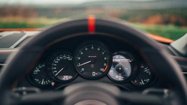 Porsche 911 Speedster - dials