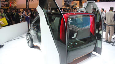 Honda NeuV - rear