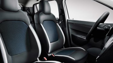 Renault City K-ZE - seats