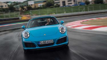 Porsche 911 Targa 4S 2016 - front tracking 2