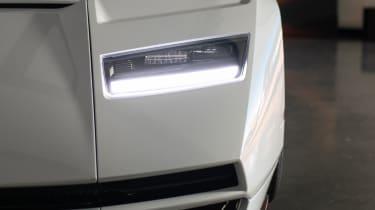 Lamborghini Countach LPI 800-4 studio  light