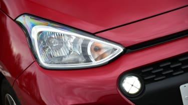 Hyundai i10 facelift 2017 - headlight