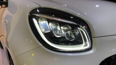 Smart EQ ForFour - Frankfurt front lights
