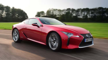 Lexus LC 500h - front tracking