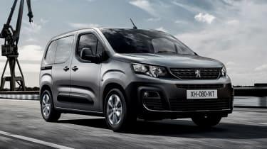 Peugeot Partner - front action