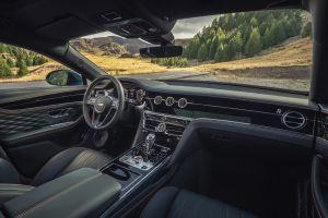 Bentley Flying Spur Verdant - Front Interior