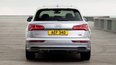 Audi Q5 - full rear static