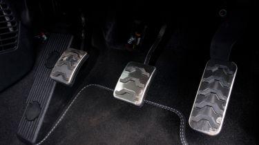 Triple test –Kia Picanto - pedals