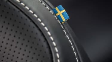 Volvo V90 R-Design 2017 - seat flag