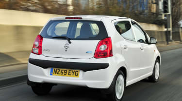 Unfotunately there's virtually no points where you would choose a Pixo over the cheaper Dacia Sandero.