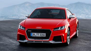 Audi TTRS 2016 - coupe front quarter
