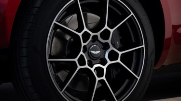 Aston Martin DBX - wheel detail