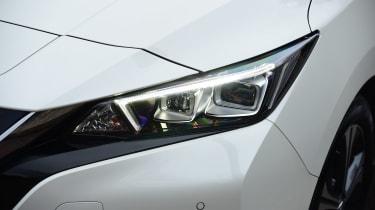Nissan Leaf - front light