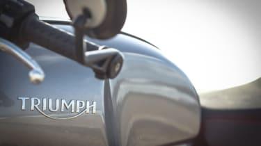 Triumph Thruxton R review - Triumph badge