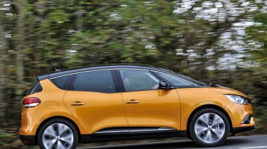 Renault Scenic and Grand Scenic Hybrid Assist - 19