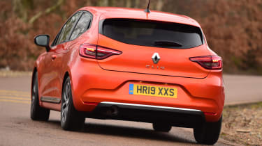 Renault Clio - rear cornering