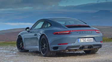Porsche 911 Carrera 4 GTS - rear static
