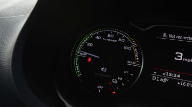 Audi A3 e-tron - dial