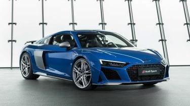 Audi R8 - studio front