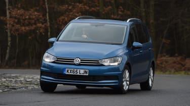 Used Volkswagen Touran - front cornering