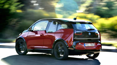 BMW i3s - rear action