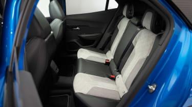 Peugeot e-2008 - rear seats