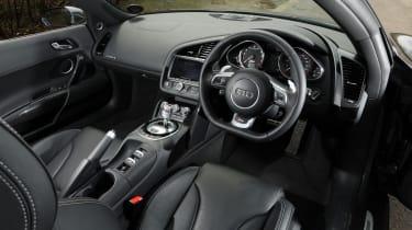 Audi R8 V10 Spyder interior