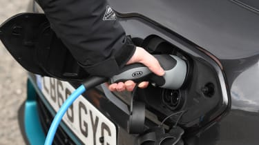 Kia e-Niro - plugged-in