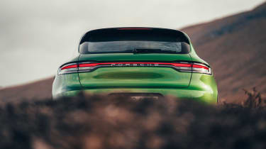 Porsche Macan - full rear static