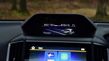 Subaru Forester e-Boxer - screen