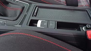 VW Golf GTI - auto hold/electronic handbrake