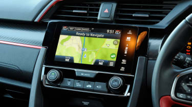 Honda Civic Type R - infotainment