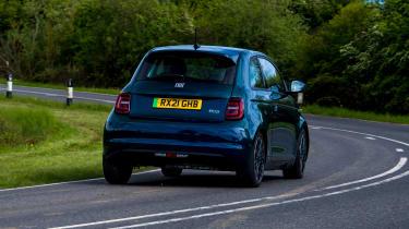 Fiat 500 - rear cornering