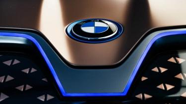 BMW Vision iNEXT concept - BMW badge