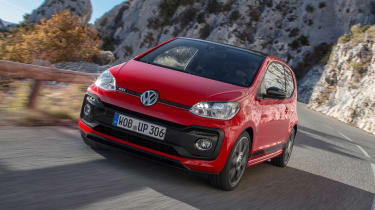 Volkswagen up! GTI - front tracking