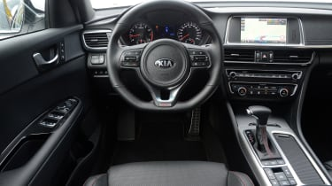 Kia Optima GT - dash