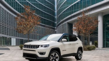 2017 Jeep Compass - front quarter static