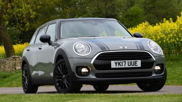 MINI Cooper Black Clubman - front static