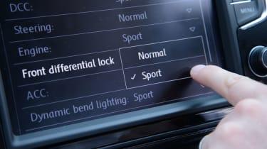 Volkswagen Golf GTI screen
