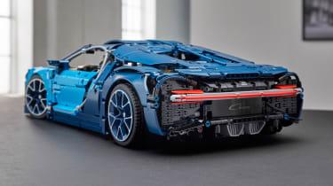 Bugatti Chiron LEGO - rear