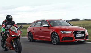 Car vs bike: audi rs6